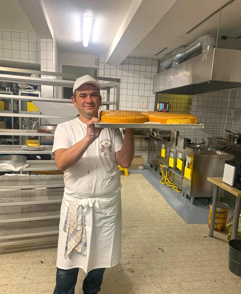 sakis-bakery